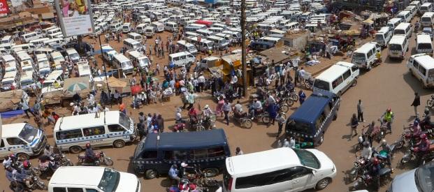kampala taxistand panorama 3
